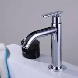 Torneira Banheiro de Metal Bica Baixa - NOVA - Água fria