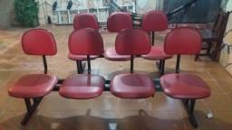 Vende se cadeiras longarinas