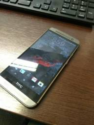 HTC ONE M8 Top