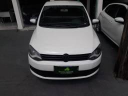 Vw - Volkswagen Fox 1.0 Entrada de R$3.000,00 pode ser parcelada - 2014