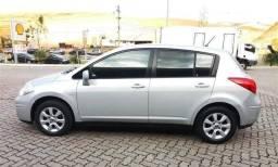 Nissan tiida hatch 2008 - 2008