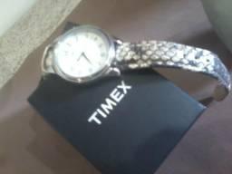 623685127c9 Timex casual novo na caixa original E.U.A de fora aceito cartao parcelo  prox.av baltazar