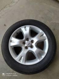 Jogo de 4 rodas Corolla original com pneus meia vida