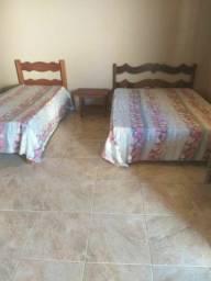 Casa com piscina no novo Iguape R$  600,00 final de semana comum , sexta a domingo.