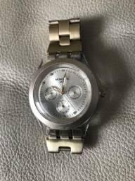 Relógio Mondaine Monwatch dourado