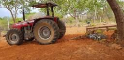 Trator MF 4x4