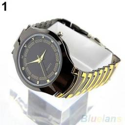 Relógio dourado e preto novo marca rosra importado no plástico