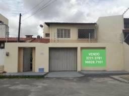Casa à venda na Maraponga