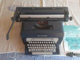 Maquina de datilografia olivetti underwood 298