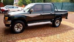 Hilux CD SR5 4x4 2.8 Diesel - 2000