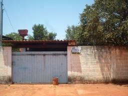 Duas casas + terreno em Guia Lopes da Laguna (Área total: 600 m²)