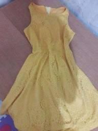Vestido amarelo semi novo