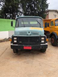 Caminhão 1113 Mercedes-Benz 86/86 truck 6x2 caçamba