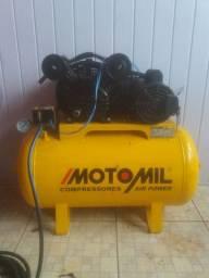 Vendo compressor de ar motomil