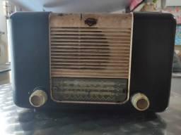 Radio Valvulado Antigo marca Mullard