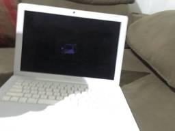 MacBook white 2008