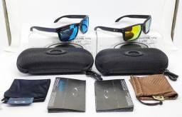 Kit com 2 Óculos Oakley Gold e Ice Blue