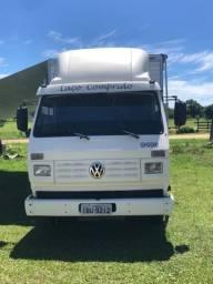 Vendo caminhão para rodeio  contato *