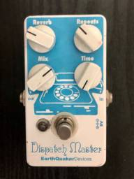 Pedal Earthquaker Devices Dispatch Master (reverb/ delay)