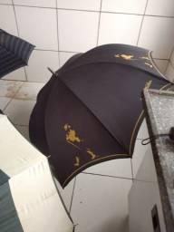 Lote contendo guarda-chuva diversos