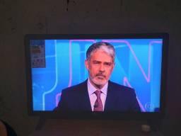vendese uma televisao lg   27 polegadas  semi nova