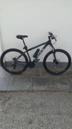 Bike aro 29 Top. Freio hidráulico e kit shimano