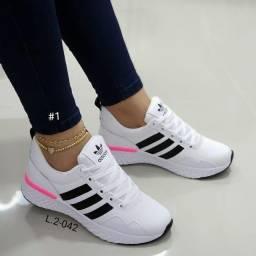 Título do anúncio: Tênis femenino ? adidas