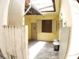 Título do anúncio: Casa 1 Quarto ótimo localização em Vista Alegre junto ao Pólo Gastronômico