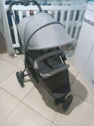 Vendo carrinho de bebe novinho