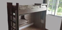 Cama beliche com escrivaninha