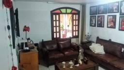 Título do anúncio: Casa à venda, 5 quartos, 1 suíte, 4 vagas, Sagrada Família - Belo Horizonte/MG