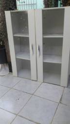 Armário de parede usado com portas de vidro 40 Reais pra ir embora