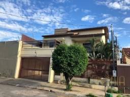 Título do anúncio: Casa sobrado com 3 quartos - Bairro Boa Esperança em Cuiabá