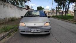 Título do anúncio: Renault Clio 1.6 RT 1999 4portas - direção eletro hidráulica - ar condicionado