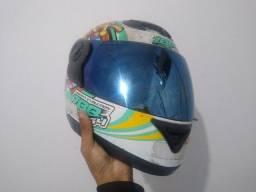 capacete numero 58