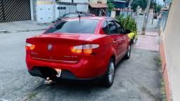 Fiat GRAND SIENA 1.6 16v essence 2013
