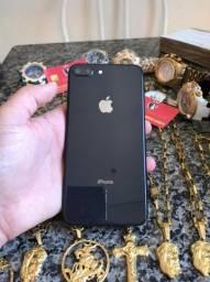 Celular iPhone 8 Plus 64 gb cinza espacial super conservado