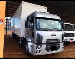 Caminhão Ford Cargo 2429. Ano 2014. Parcelamos!