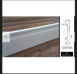 Título do anúncio: Rodapé Poliestireno 10 cm altura Guarnição Frisado Branco barra com 2,40M