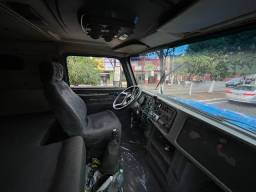 Título do anúncio: Volvo NL 10 95 Caçamba 3 eixos.