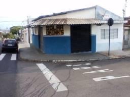Esquina comercial c/ duas casas em frente a Funbbe Faculdade