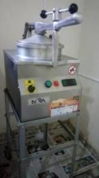 Fritadeira de frango tipo kfc