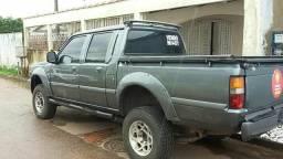 Caminhonete L200 - 2002