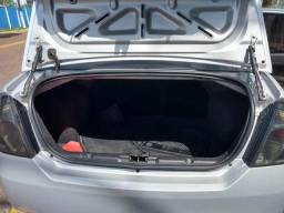Repasso um Fiesta sedan está em impecável - 2013