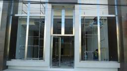 Fachada inox vitrine