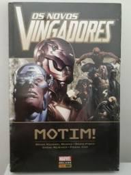 Os Novos Vingadores - Motim. NOVO LACRADO