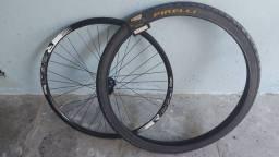 Vendo pneu e roda aro 29