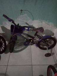 Bicicleta aro 16 para menina