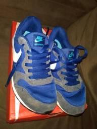 Tênis Nike 35