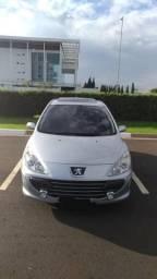 Peugeot 307 presence pack 1.6 16v com teto - 2011